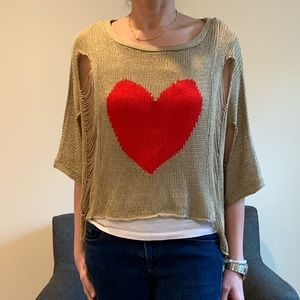 BOHO top with heart design NWOT